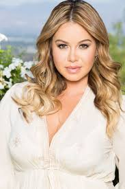 ¡Chiquis Rivera Accidente En Pleno Escenario!
