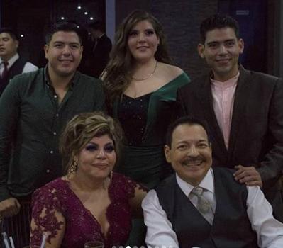 """""""Julio Preciado siente pasos en la zotea"""""""